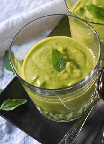 soupe-froide-de-courgettes-basilic (3)