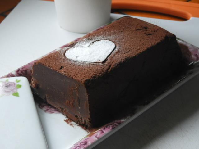 Marquise au chocolat et crème demarrons