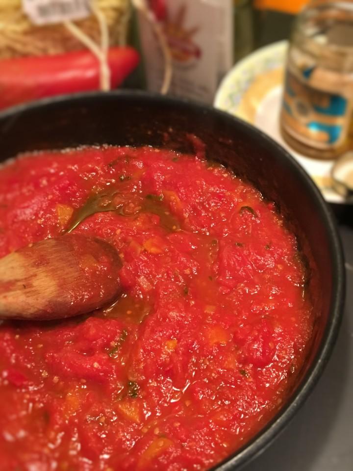 pates-au-thon-poivron-basilic-et-mozzarella (3)