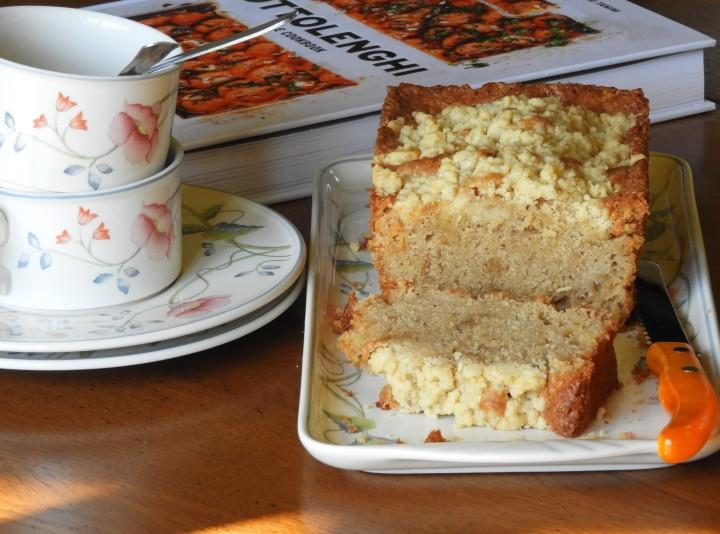 cake-crumble-pomme-poire-de-ottolenghi (7)