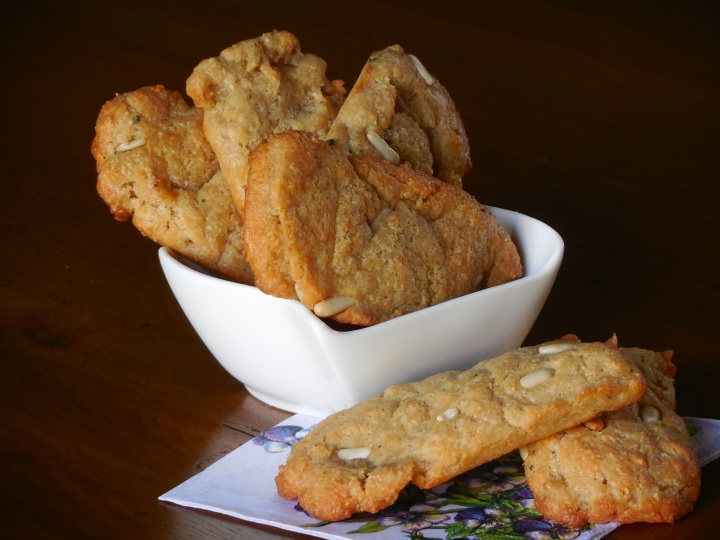 biscuits-sales-a-la-tomme-du-nevet (10)