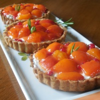 Tartelettes aux abricots rôtis au miel de romarin