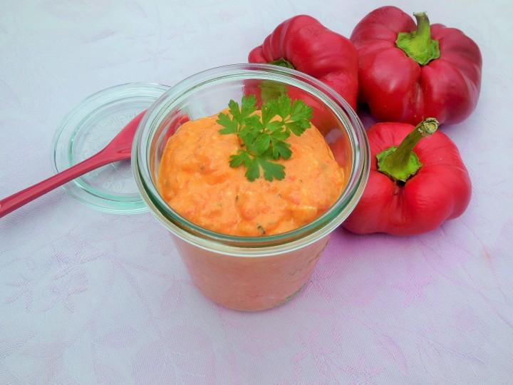 Ktipiti, crème de poivron rouge à lafeta