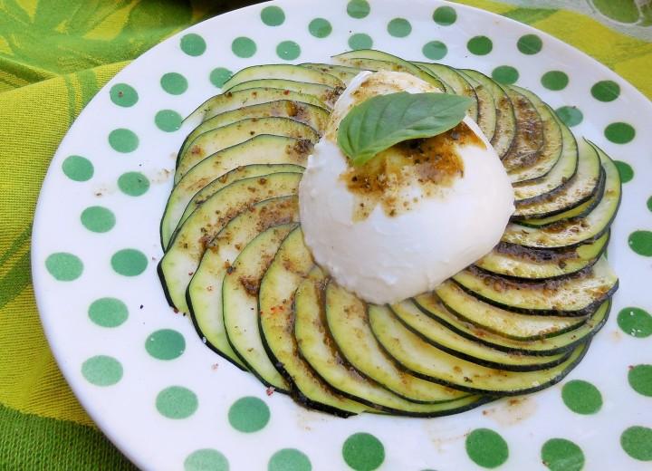 rosace-courgette-mozzarella (1)