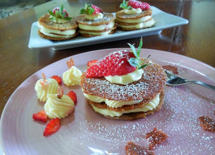 millefeuille-croquant-au-sarrasin-chocolat-fraise (3)