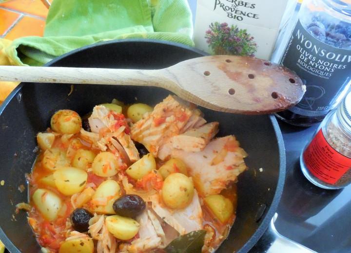 pommes-de-terre-confites-tomates-olives-thon (4)