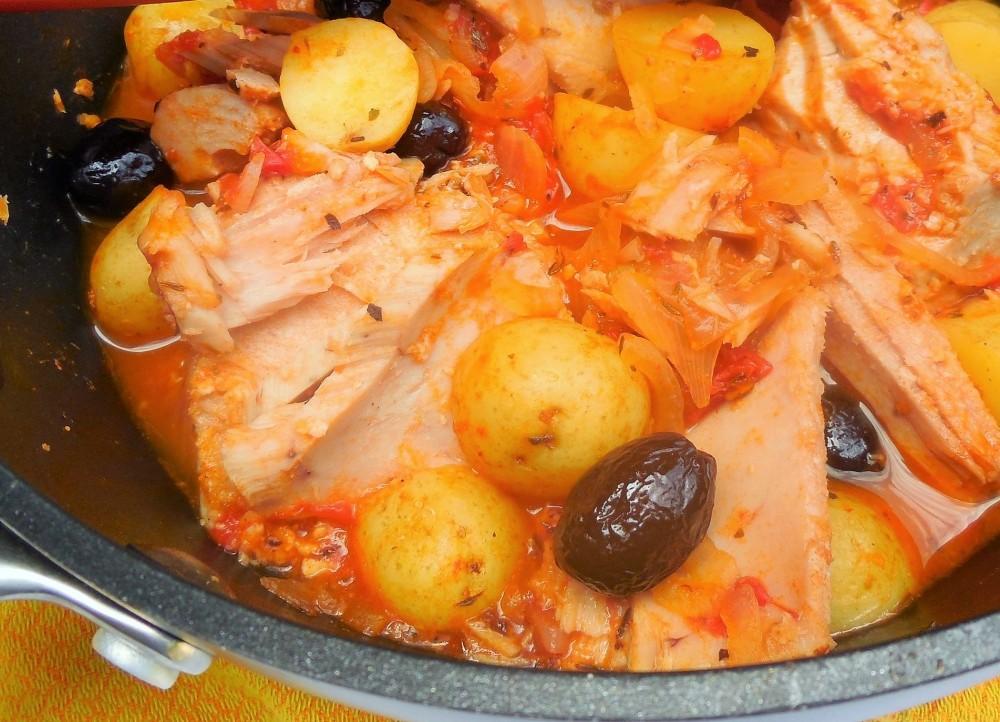 pommes-de-terre-confites-tomates-olives-thon (5)