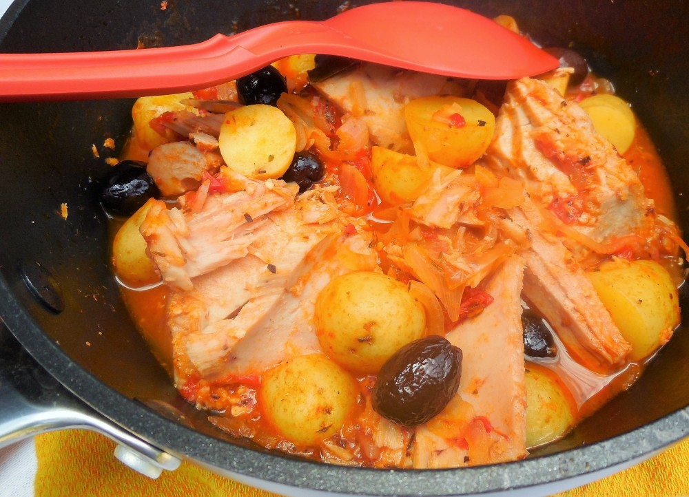 pommes-de-terre-confites-tomates-olives-thon (6)