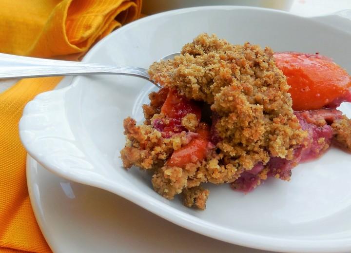 crumble-aux-fruits-dete (6)
