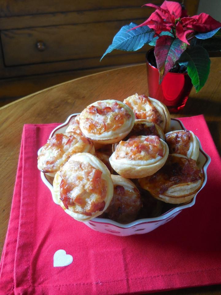 Mini tartelettes au bacon et StNectaire