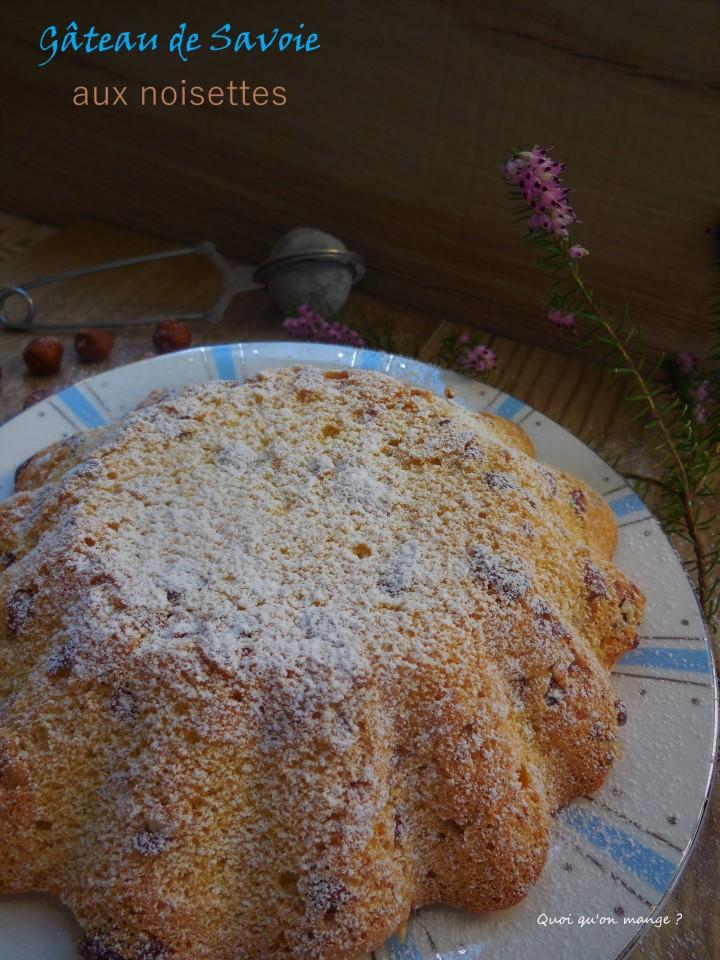 Gâteau de Savoie aux noisettes