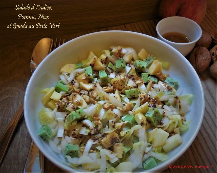 Salade de pomme, endive, noix et gouda au pestovert