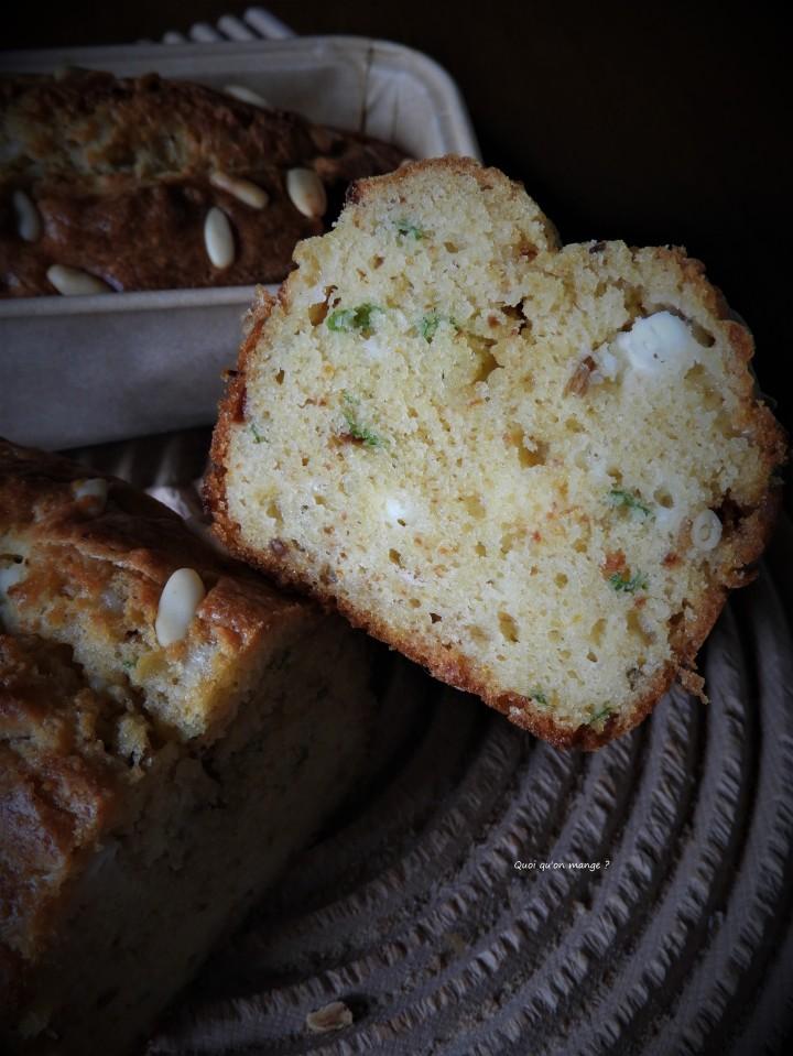 Cake à la feta et au basilic