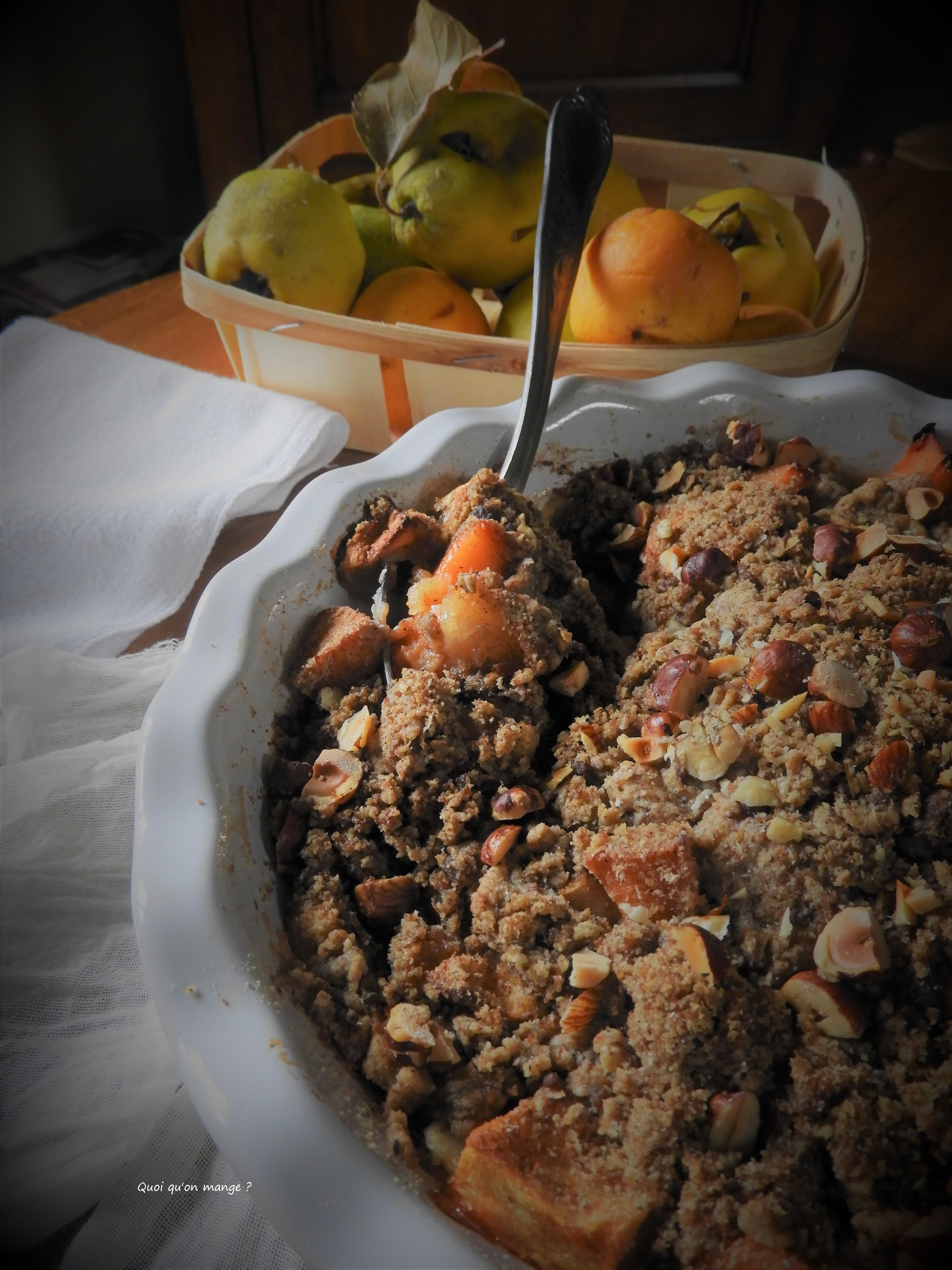 Crumble pomme et coing, saveur cannelle