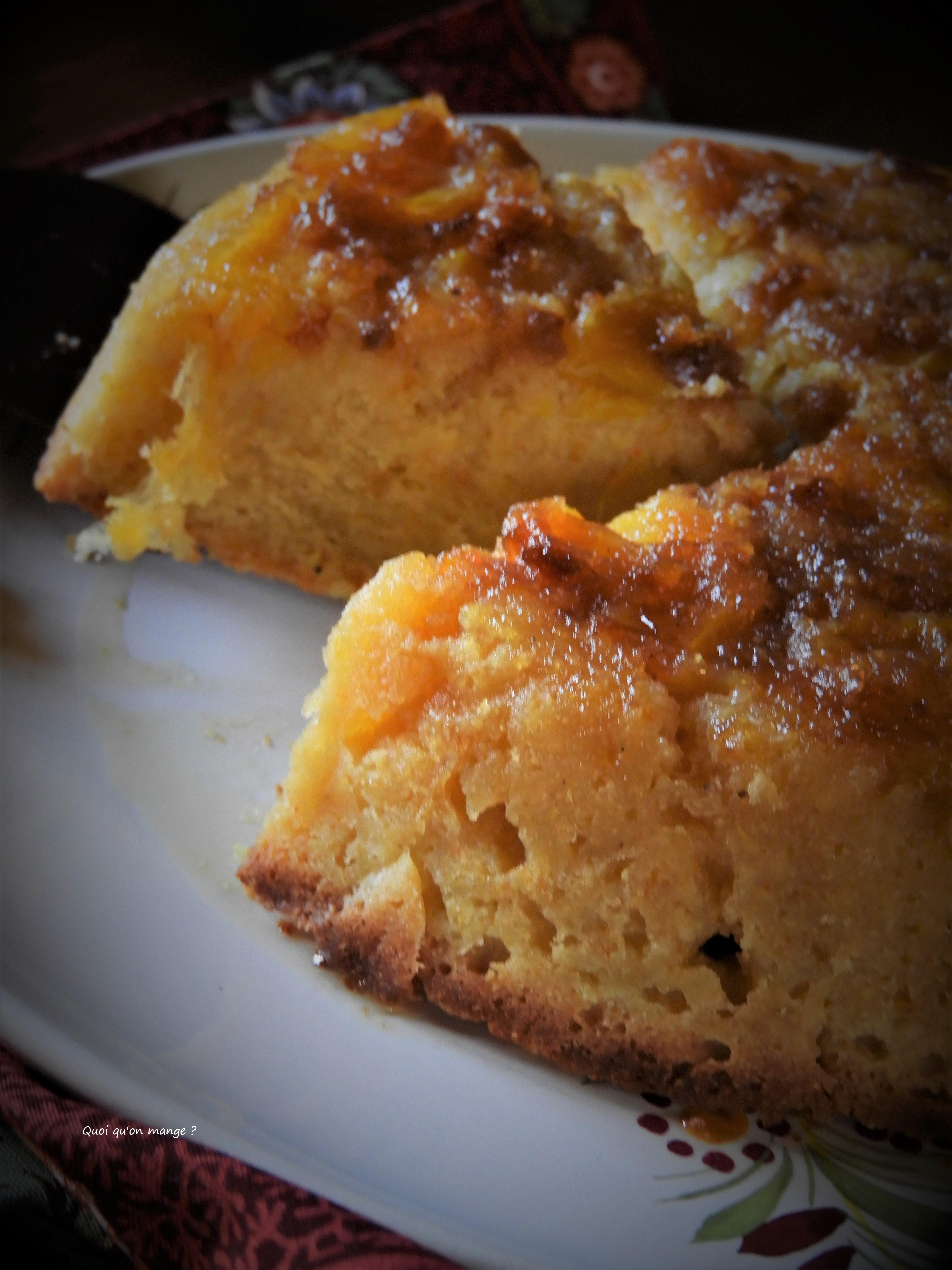 Gâteau renversé de polenta à l'orange