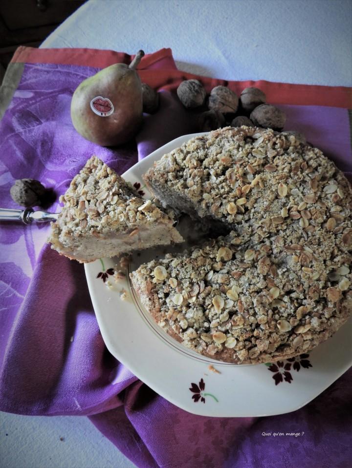Financier poire et noix, crumble de floconsd'avoine