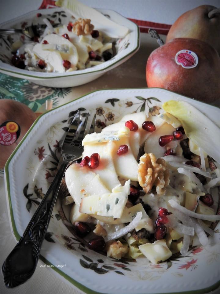 Salade d'endive, poire, oignon de Roscoff et noix au bleu de Sassenage