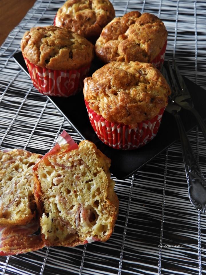 Muffins salés au parmesan, bacon et tomatesséchées