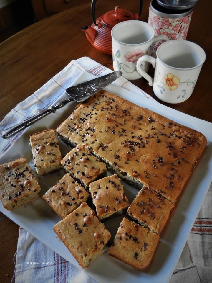 Gâteau à la fleur d'oranger et sarrasin, éclats de grué dechocolat