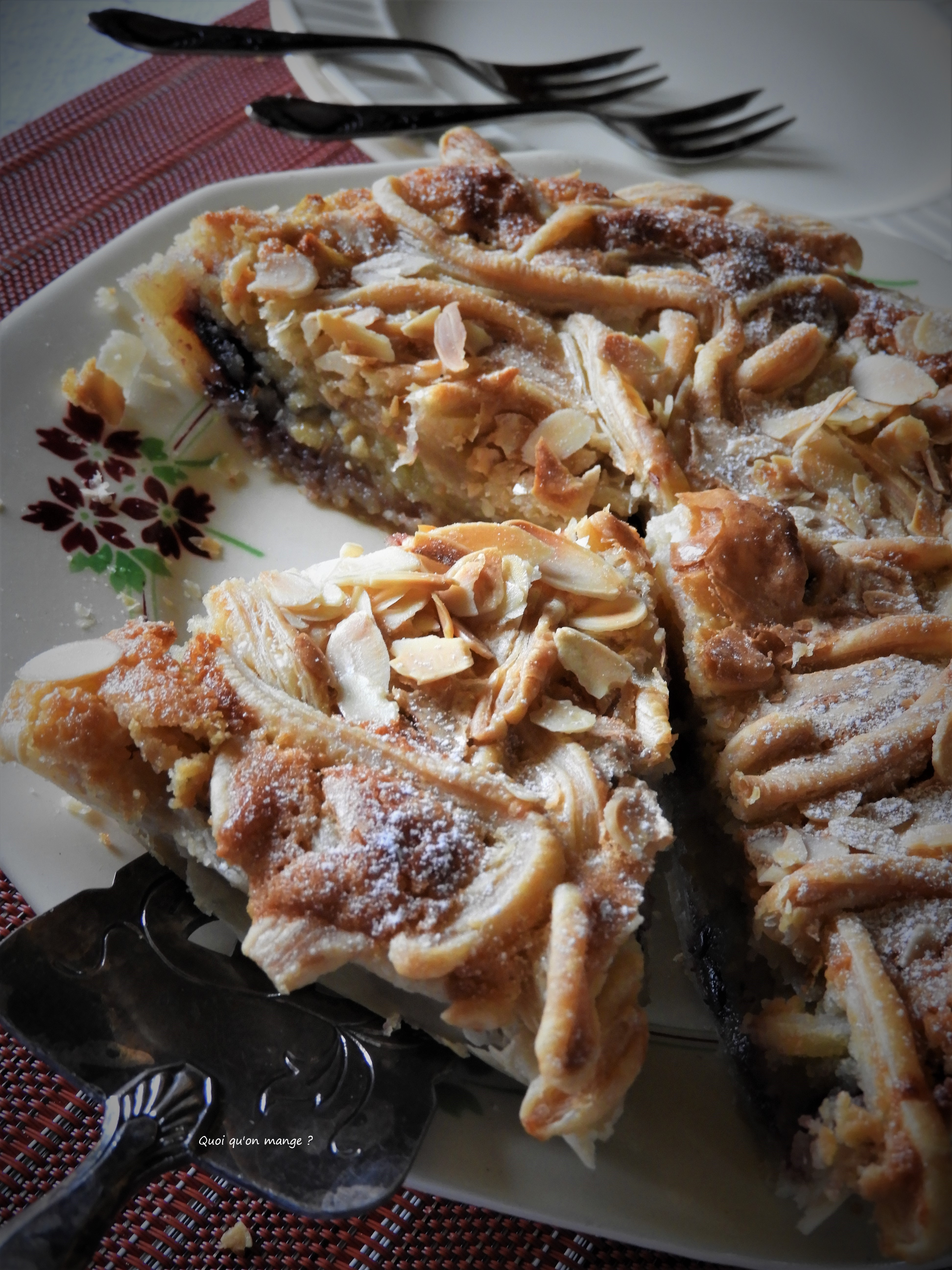 Comme une amandine, tarte pomme et cerises Amarena