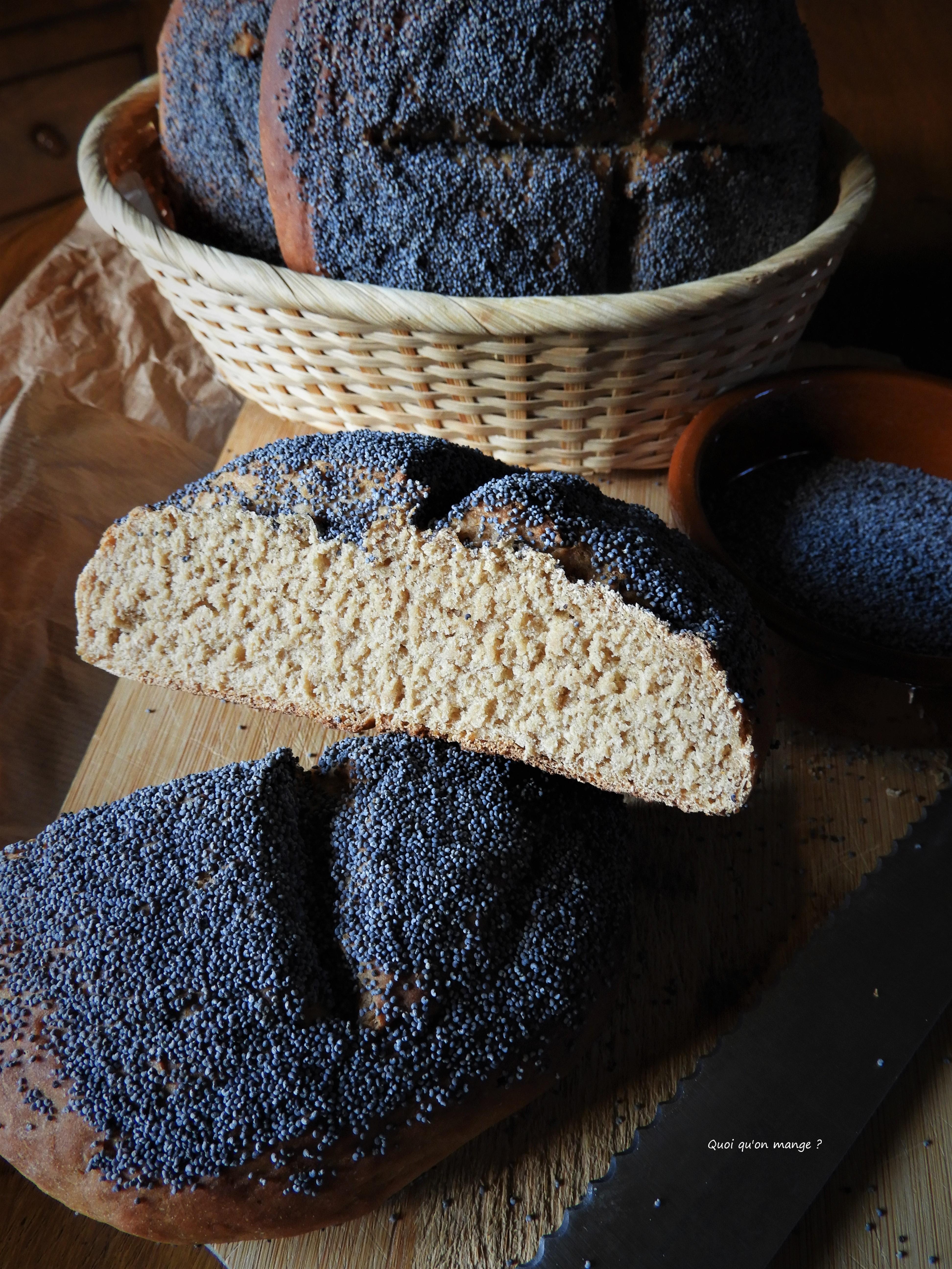 Ekmek, pain turc au pavot