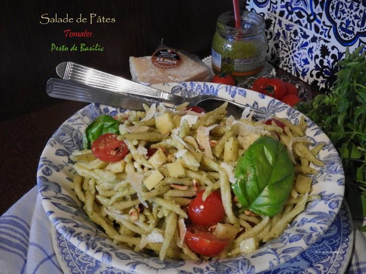 Salade de pâtes au pesto de basilic, tomates etemmental