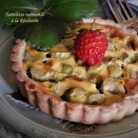 Tartelette normande à la rhubarbe