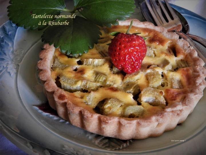 Tartelette normande à larhubarbe