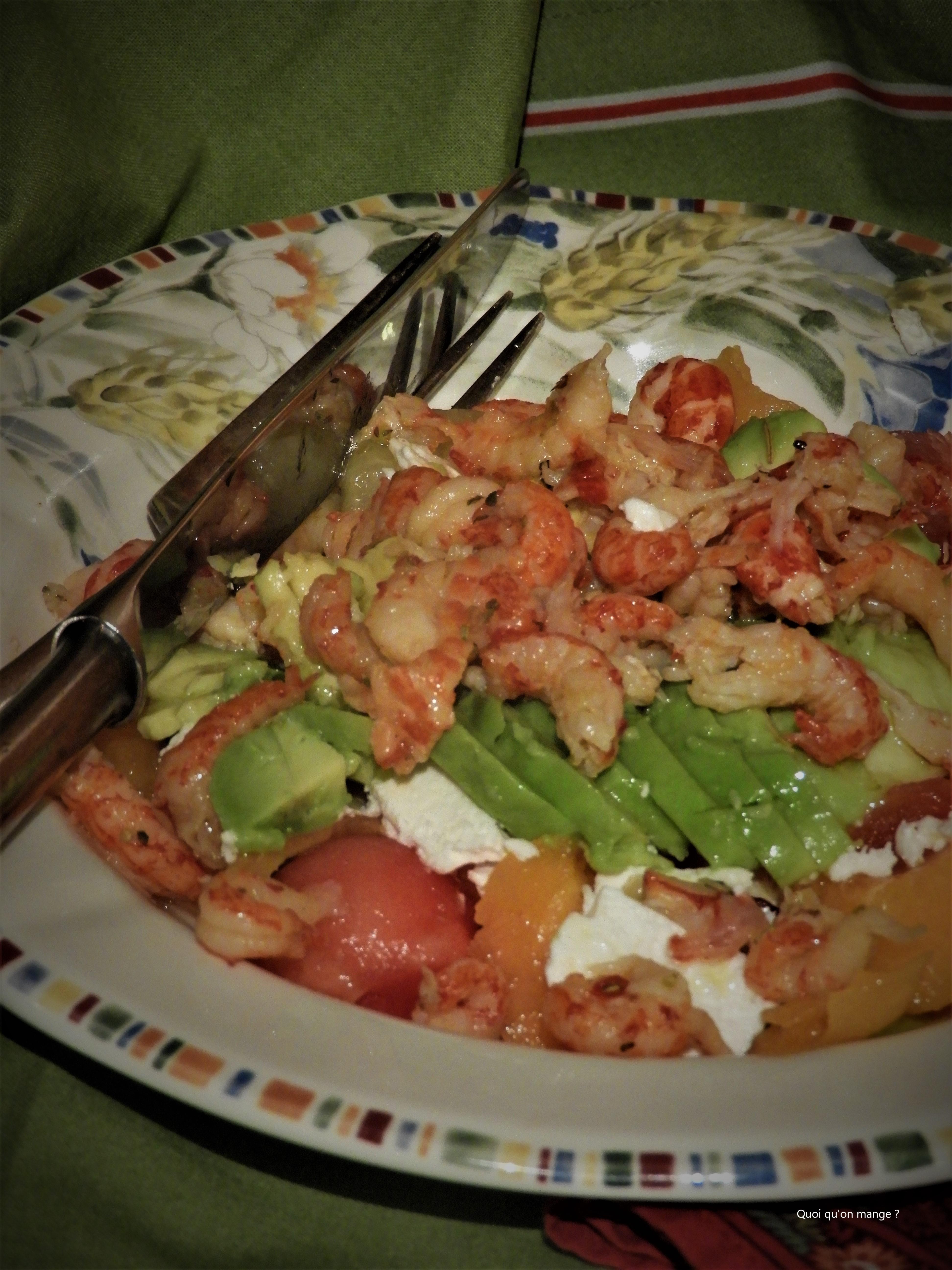 Salade de melons, avocat, écrevisses & feta