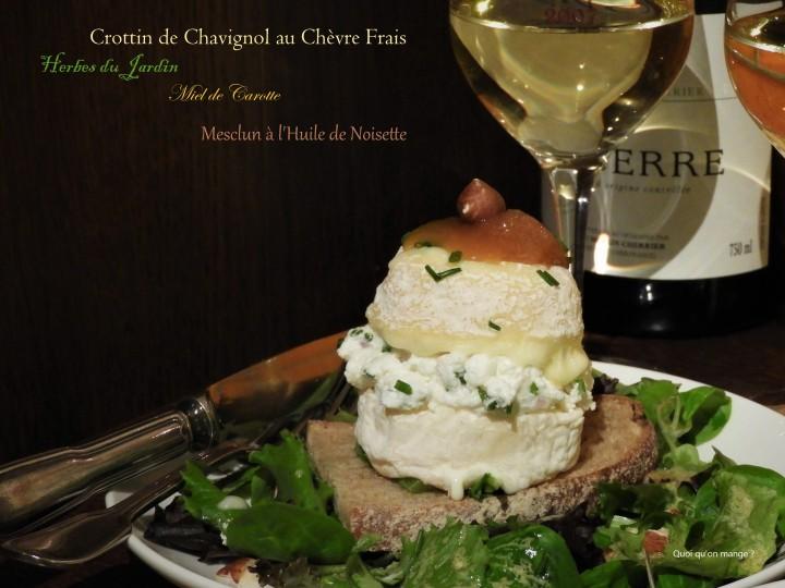 Crottin de Chavignol au chèvre frais, Herbes du jardin, Miel de carotte, Mesclun à l'huile de noisette